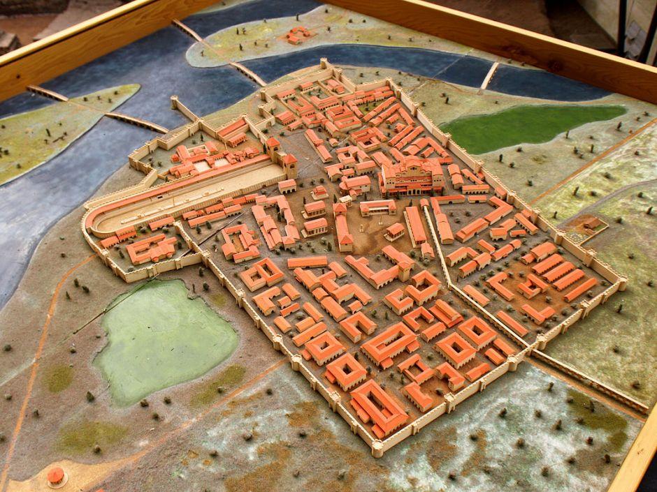 Ronjenje u antičkom gradu,  rimsko pristanište